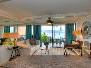 Beachfront condo in Ma'alaea!