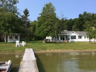 Lakeside Cottage on Lake Leelanau, Leland, MI