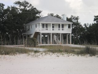 Beautiful Beach Oaks Place