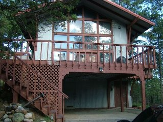 Fall is here! Beautiful Cabin with Tall Trees with Large Deck & Hot Tub