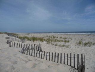 Westhampton Beach Oceanfront, 4 Bedrooms, Pool. Super Clean. Discount! Call Now!