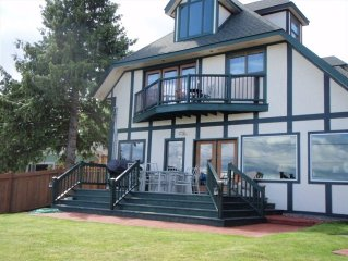 Large Flathead Home  'The Chateau' 6 Bedroom  Sleeps 21 Plus