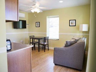 Convienant Location/Newly Renovated minutes from all that Asheville has to offer