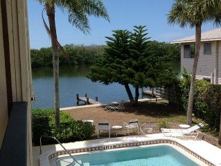 Water Front on Turtle Lagoon.  Minutes from Turtle Beach & Siesta Key Beach