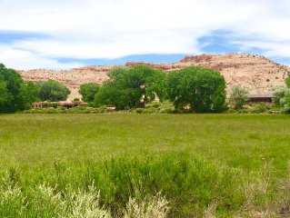 Spectacular 22 Acre Ranch Perched Above Chama River, in the Heart Of Abiquiu