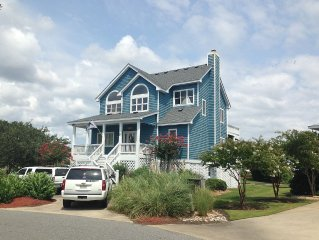 Great  Vacation Home In Pirate's Cove Marina With 55 Ft. Dock Space Behind Home!