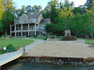Large Lakefront House with 12 person Jacuzzi, Outdoor Fireplace on Main Lake