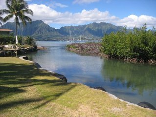 Beautiful Kaneohe Bay Waterfront Retreat W/Pool & Bay Access