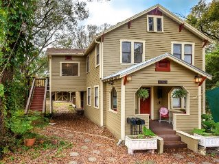 Historic District 3/1 Tree House Beauty With Old School Florida Charm