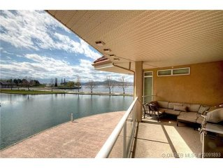 Waterfront/View, Privacy, Space, Heart of Downtown Kelowna, Luxury furnished