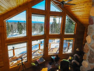 Lutsen Lookout is a large Log Cabin With Fabulous Lake Superior Views on 5+ acre
