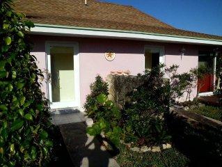 One Bedroom/ One Bath Beach Villa 503B - Starfish Cottage