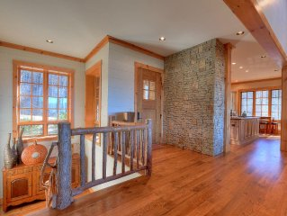Luxurious Family Retreat In The Private Community Of Balsam Mountain Preserve