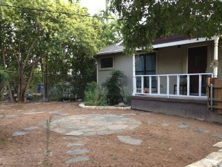Beautiful and Affordable Downtown Monthy Rental