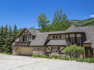 4 bdrm + loft, 4.5 bath West Vail Remodeled & Updated Mountain Tudor sleeps 13!