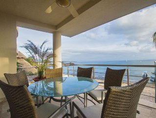 Perfect surfer getaway and family friendly beachfront condo