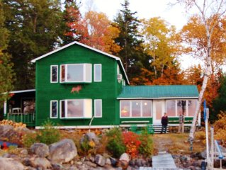 Spectacular Waterfront, Mountain view,  Private Maine Cabin