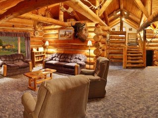 Yellowstone River Lodge- Sleeps 16- BOOKING FOR 2018