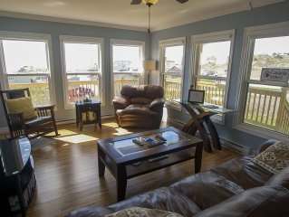 Spectacular Ocean View Just Minutes from Beach/Walking Trails