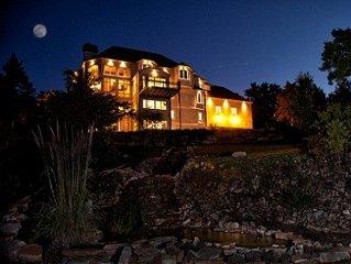 Kinderhook Castle: 9,400 sf executive retreat,  7 Bdrm, in Gated Golf Community
