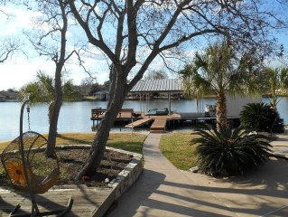 Waterfront Family Friendly Gated Home Located on Quiet NO WAKE Cove
