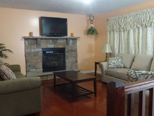 Family-friendly Home Near Pocono Raceway, The Crossings, Casino, Waterparks, Ski