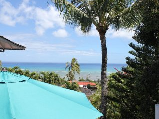 New Listing Boutique-style Unit With Ocean Views Minutes from Waikiki