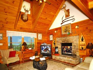 Mountain Cabin retreat, quiet setting, private community