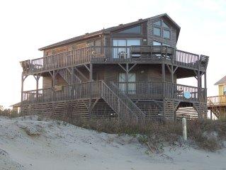 Large Oceanfront Home! 3 Master Bedrooms!