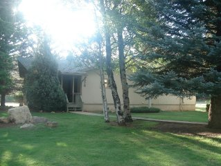 Remodeled Luxury Lodge, 3BRM, 2BTH, Country Club