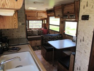 Go Rving Redneck Style!!!  Bubba's Glamper!  Part Of The Uncle Billy Bob Family!