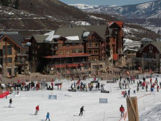Great Location-Snowmass - Ski In/ski Out -2 Br/2ba/ Lots Of Amenities!!!