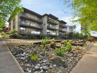 The Lanai, 2 Bedroom, Large Balcony, Tacoma's best neighbourhood, North Slope