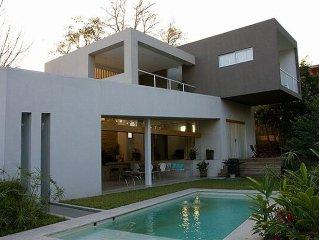 Casa Maya, Comfortable modern home meeting the jungle!