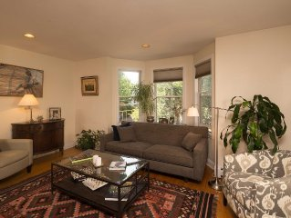 Townhome,walk to Longwood, MBTA,,Boston Vacation