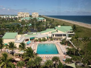 RELAX ON THE BEACH OCEANFRONT RESORT. GOLF, TENNIS, 6 POOLS, TIKI BAR,SPA