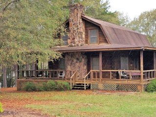Log Cabin on Lake Hartwell; Private Boat Launch; Private Dock