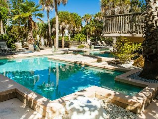 Gulf View With Pool, Hot Tub, Large Dock.  Steps From The Beach