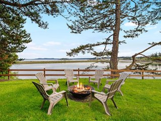 Beautiful South facing Waterfront Home near town
