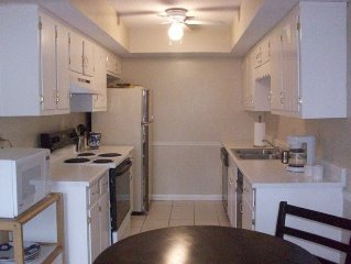 'Luna' Furnished Condo   - Short Term Rentals- Corp & Vacation