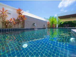 3-bedroom vacation villa (4-6 people) with private pool in Rawaï, Phuket