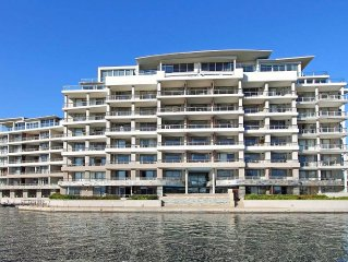 Luxury Apartment close to the V&A Waterfront.