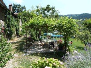 maison de caractère - 4 pièces, 3 salles de bain, cuisine en pleine nature, pool
