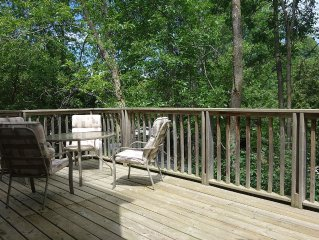 Large 4 Bedroom Chalet In Collingwood, Holiday & Seasonal Rental
