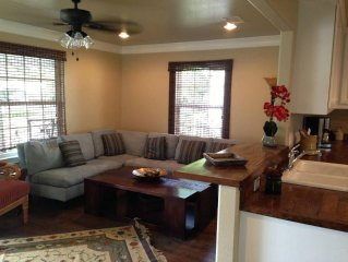 2 BR in Fort Worth Cultural District & Near Will Rogers Memorial Center