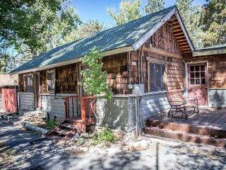 Lakefront Lodge~Perfect For Groups/Families~Seasonal Pool & Spa~WiFi~Pets Ok~