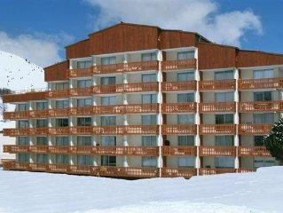 Apartment in the pleasant village of Les Deux Alpes, close to the ski-lifts and