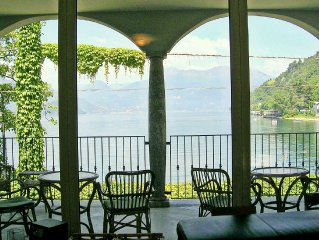 Beautiful villa by Lake Como with access to the beach