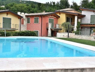 Residence Alle Torri - 4 sleeps apartment, in residence with pool - Albisano di