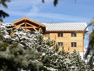 A very comfortable luxury apartment, near the ski-run.